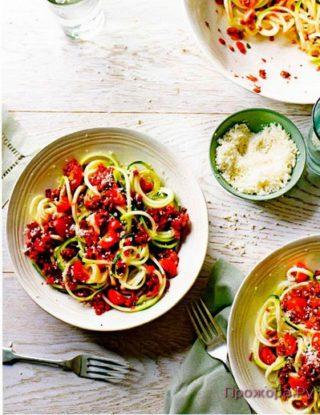 Вегетарианские спагетти Болоньезе
